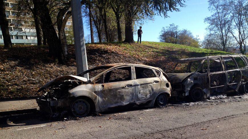 Voitures incendiés à Limoges - La Bastide