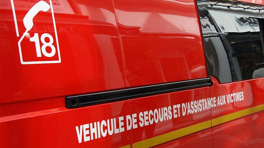 Véhicule de secours d'urgence et d'assistance aux victimes.