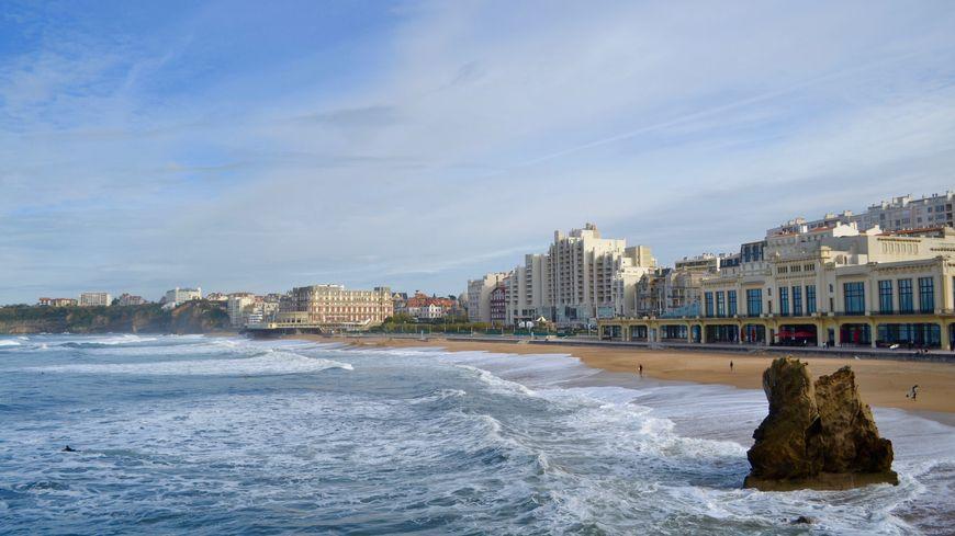 Biarritz bénéficie d'une clientèle touristique internationale.