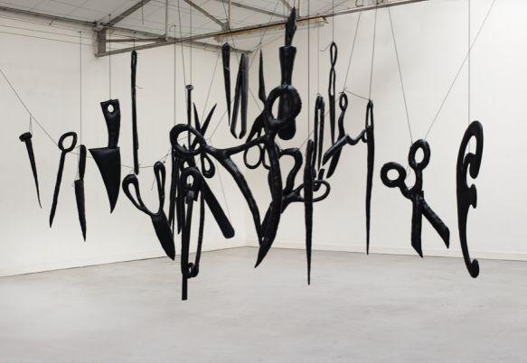 Oeuvre d'Annette Messager exposée à Calais