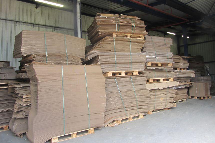 Idem récupère 3 000 tonnes de carton par an d'une entreprise voisine.