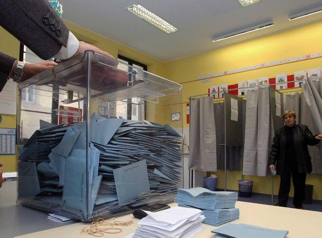 Que faire pour remobiliser les électeurs après le coup de semonce des élections régionales ?