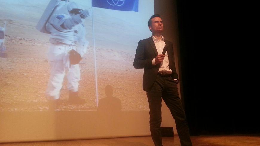Jérémy Saget en conférence à Arcachon