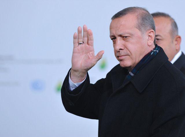 La Turquie a lancé une offensive contre les Kurdes il y a 6 jours