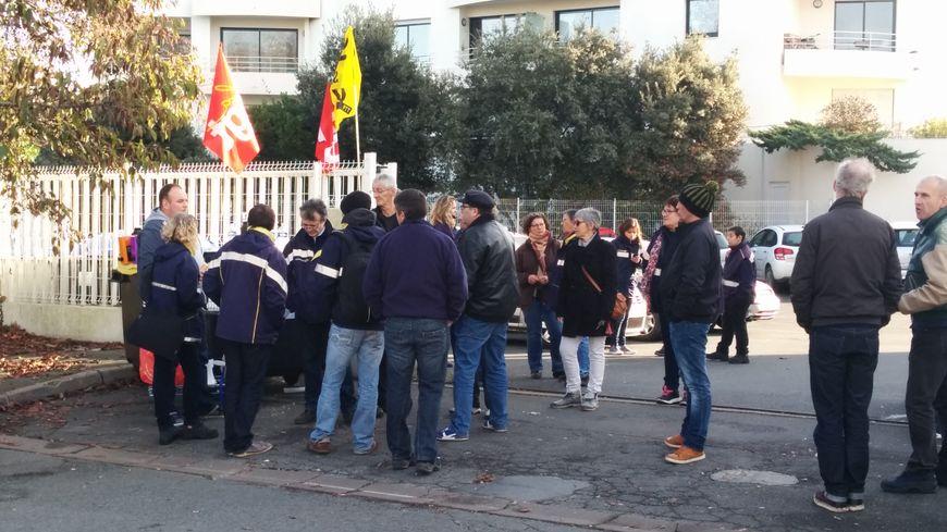 Une quarantaine de facteurs en grève à La Rochelle.