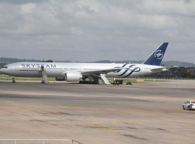 L'avion a dû atterir d'urgence au Kenya