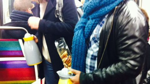 L'équipe des Petits cafés dans le métro