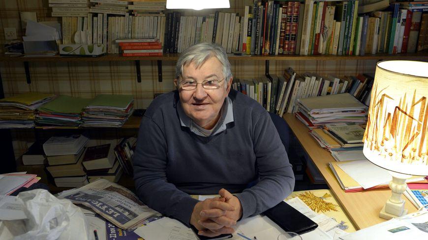 Jean-Marie Pelt, biologiste, botaniste, pharmacien passionné par l'écologie.