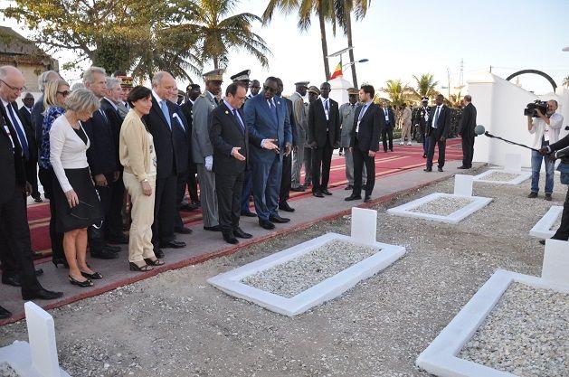 François Hollande rend hommage aux Tirailleurs du camp de Thiaroye, 30 novembre 2014