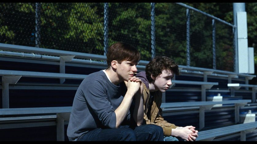 "Jesse Eisenberg et Devin Druid dans ""Back Home"""