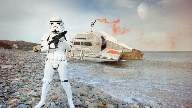 Un vaisseau Star Wars s'est abîmé sur la plage d'Urville-Nacqueville jeudi.