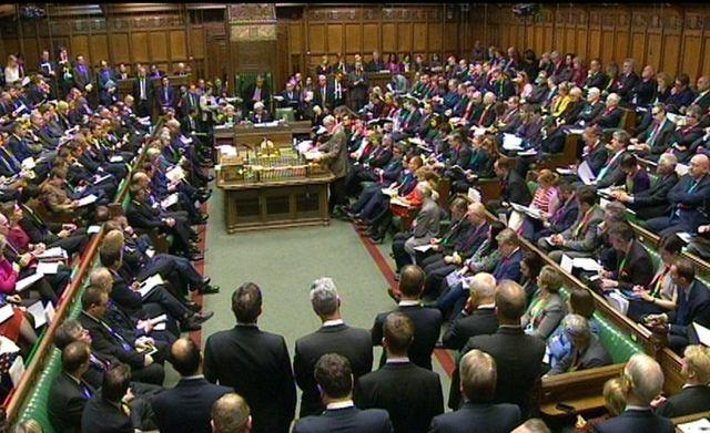 Les députés britanniques ont débattus de la participation des frappes en Syrie