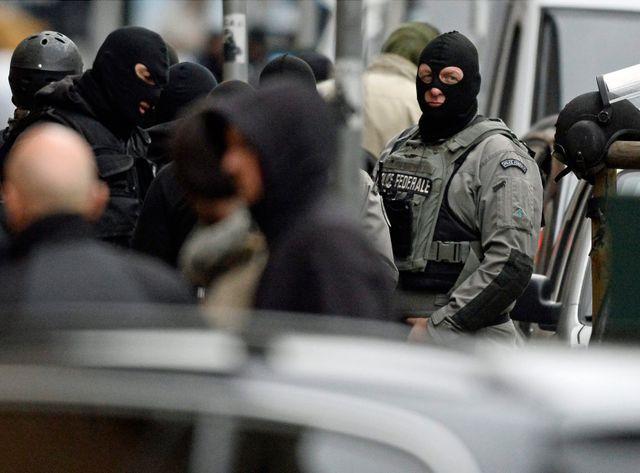 Un homme a été arrêté et inculpé en Belgique dans l'enquête sur les attentats de Paris.