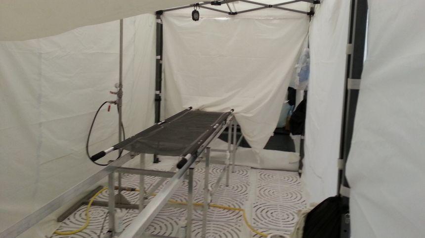 l'hôpital de Bourges dispose aussi d'une chaine de décontamination