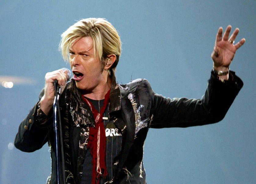 David Bowie pendant son Reality Tour, en 2003