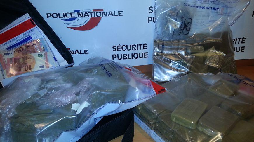 La drogue était dissimulée dans les parties communes du 14 rue Farman à Limoges