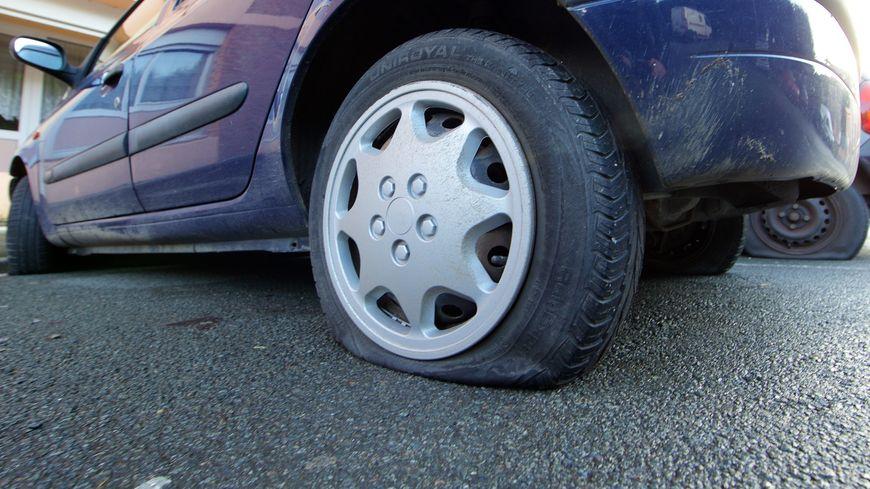 Des pneus crevés en série dans le centre ville d'Auxerre