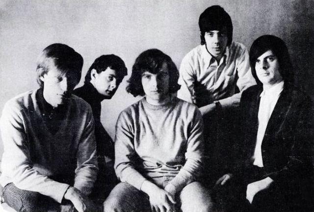 Them en 1965 avec Van Morrison au centre