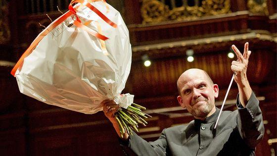Le chef néerlandais Jaap van Zweden (©Corbis)