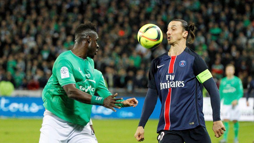 Ibrahimovic face à la défense des Verts