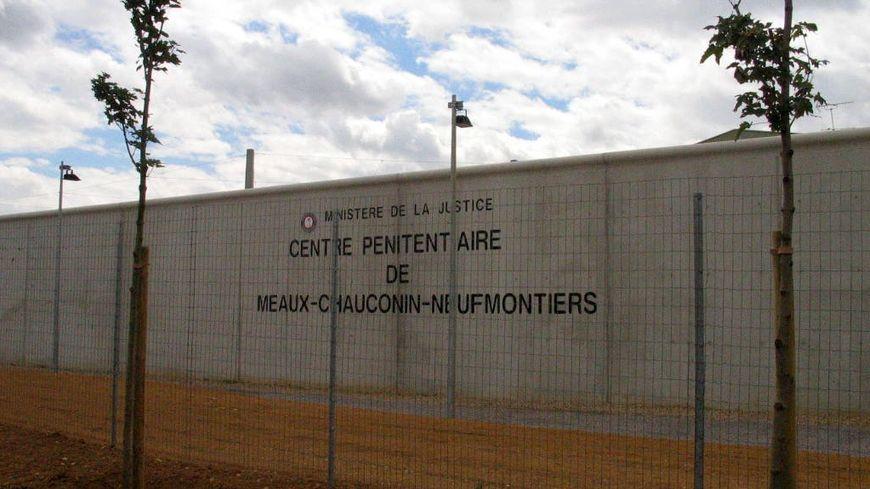 Tentative de meurtre devant la prison de Meaux-Chauconin
