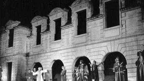 Épisode 2 : A la ville comme à la scène : le Festival du Marais