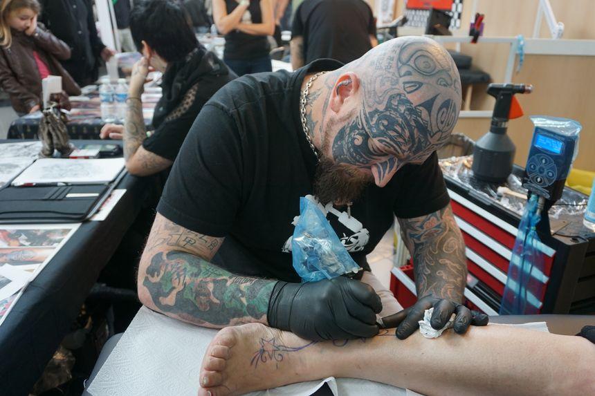 Au Salon Du Tatouage De Toulouse Il Y En A Pour Tous Les Gouts