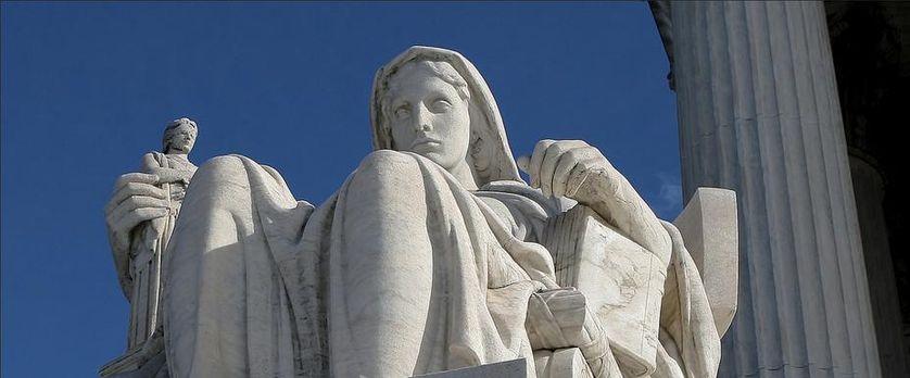 « Contemplation of Justice » du sculpteur américain James Earl Fraser, 1932-35