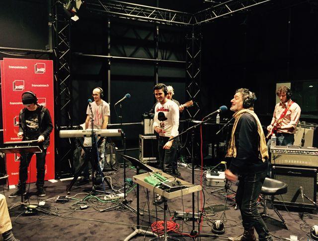 Youness, Rachid Taha et leurs musiciens