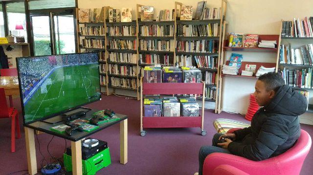 Bibliothèque près de Rennes