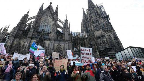 Épisode 2 : Allemagne: La fin du «Wilkommen»?