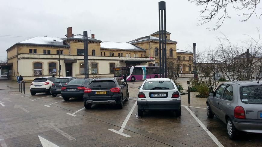 davantage de parkings autour de la gare de thionville