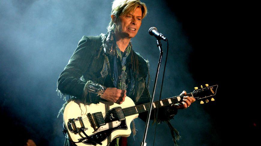 David Bowie en concert en 2004