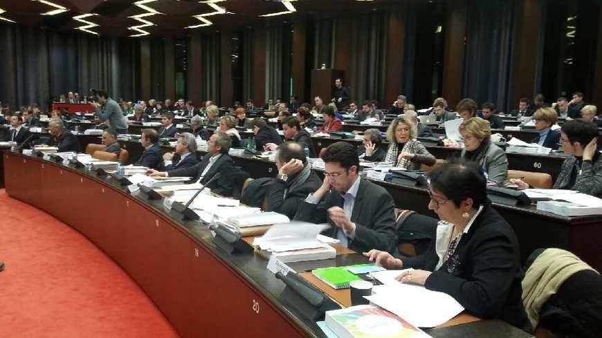 Les conseillers de la nouvelle région ont voté une augmentation de 380 euros.