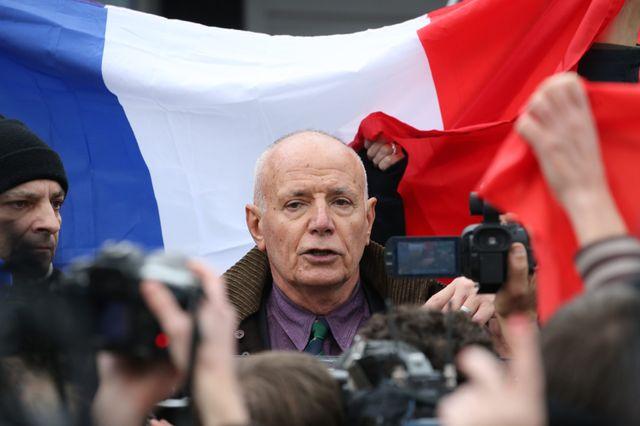 Le général Piquemal à Calais lors de la manifestation islamophobe interdite de samedi