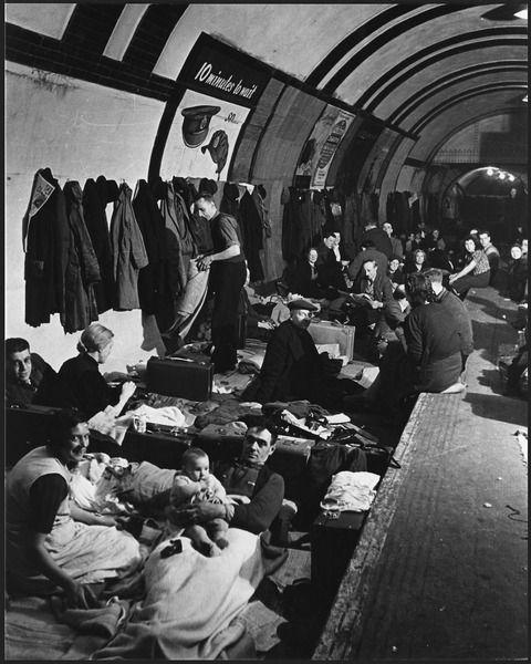 Abri anti-aérien à Londres durant la Seconde Guerre mondiale