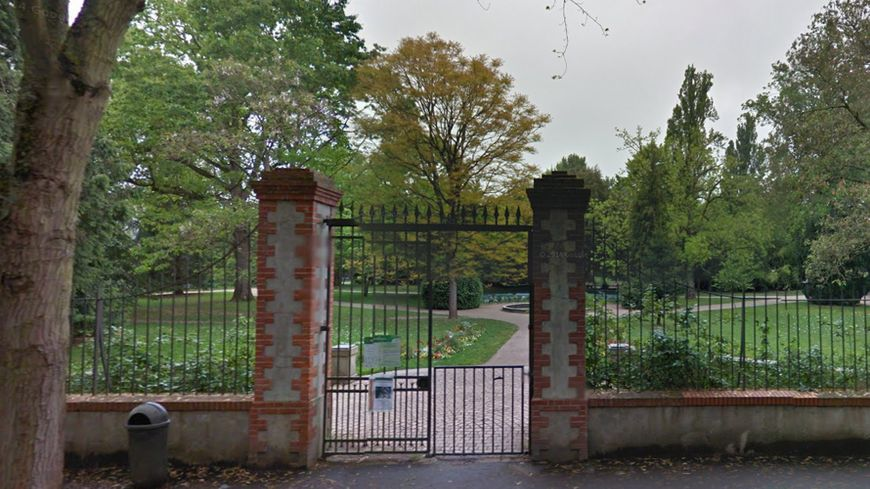tours la fosse aux ours du jardin botanique va tre comble - Jardin Botanique De Tours