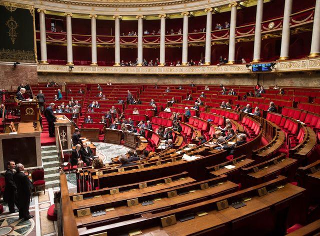 Près de 450 députés étaient absents lors du vote sur l'état d'urgence