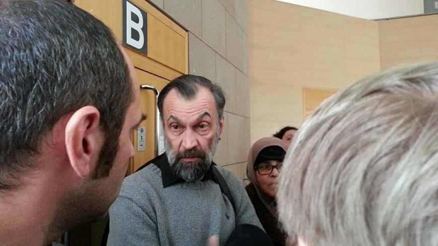 Bernard Mezzadri, professeur de l'université d'Avignon, a été relaxé.