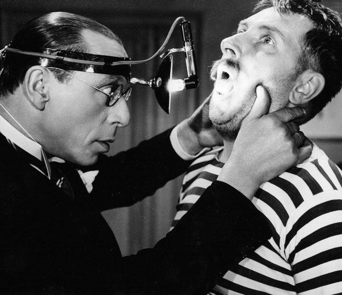 Capture d'écran Youtube -Docteur Knock - G Lefranc 1951, Louis Jouvet