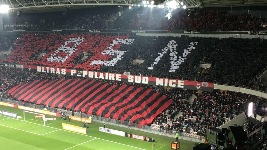 Le tifo déployé dimanche à l'Allianz Riviera, lors du derby Nice-Marseille