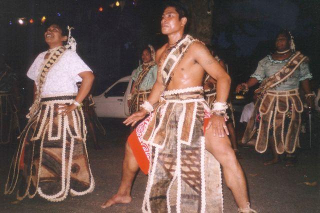 Costume traditionnel de Wallis et Futuna