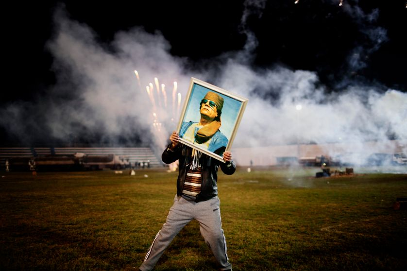 Militant pro-Kadhafi, fête mise en scène par le régime 9 Mars 2011