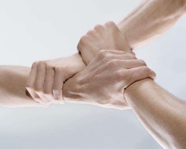 S'aider les uns les autres