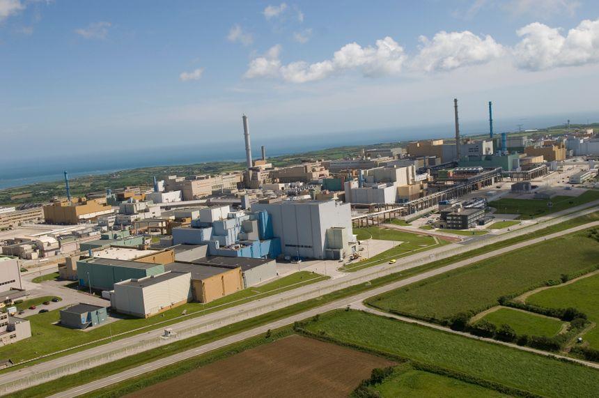 L'usine de retraitements de déchets de la Hague, en Normandie