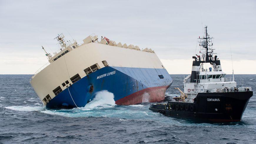 bateau echoue mimizan