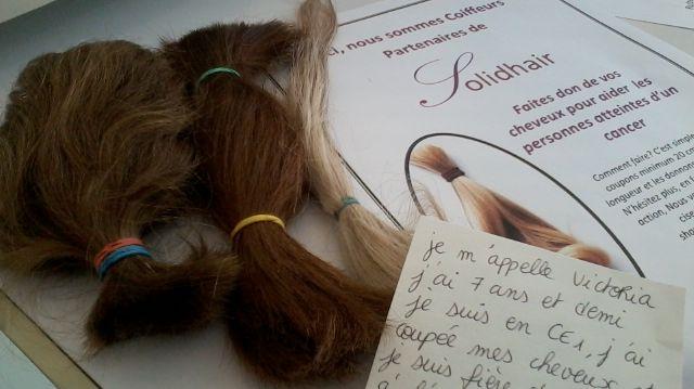 donner ses cheveux pour aider les malades du cancer s 39 offrir une perruque neuf coiffeurs. Black Bedroom Furniture Sets. Home Design Ideas