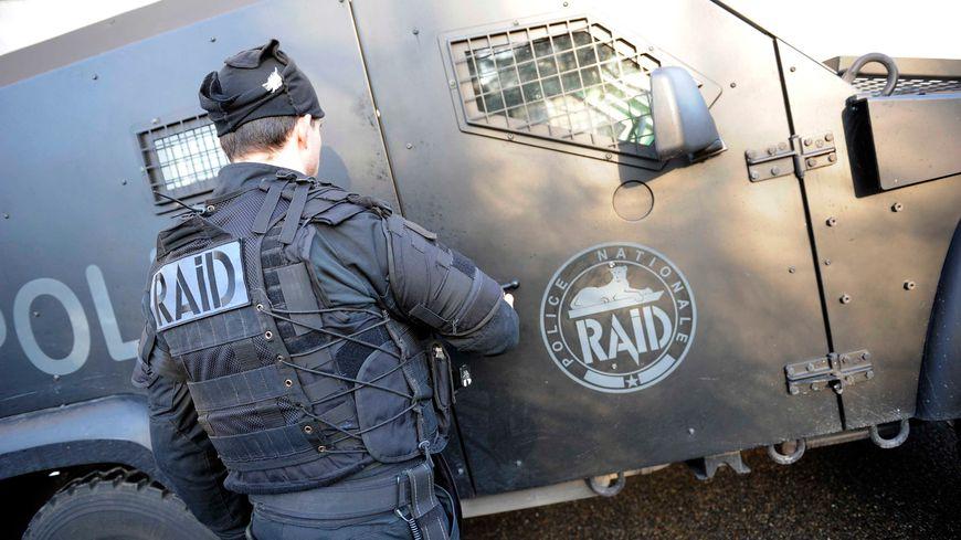 Le RAID est intervenu à Saint-Etienne ce mardi