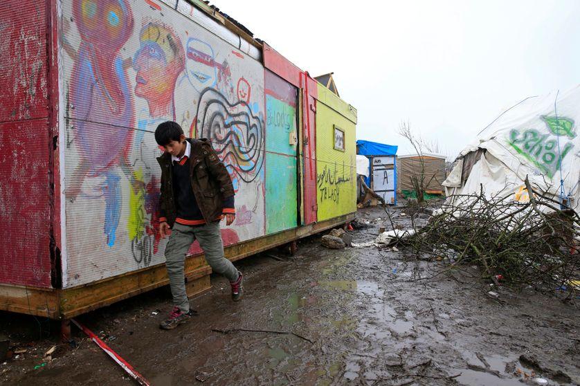 Adolescent afghan dans la zone sud de la jungle