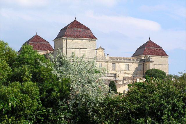 Le chateau de Castries